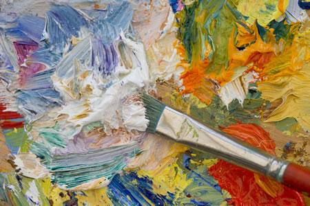 Paint brush mixing oil paints
